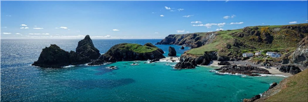 Kynance Cove Panorama - Canvas Print