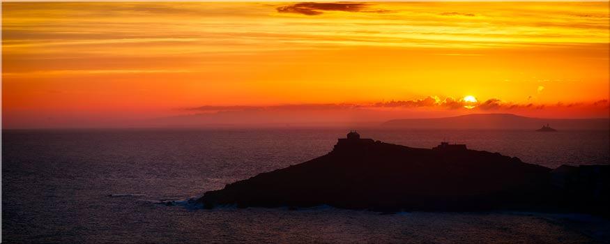Sunrise Over St Ives Island - Canvas Print