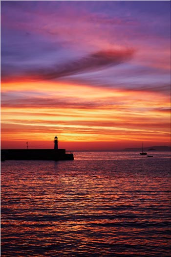 Dawn St Ives Lighthouse - Cornwall Canvas