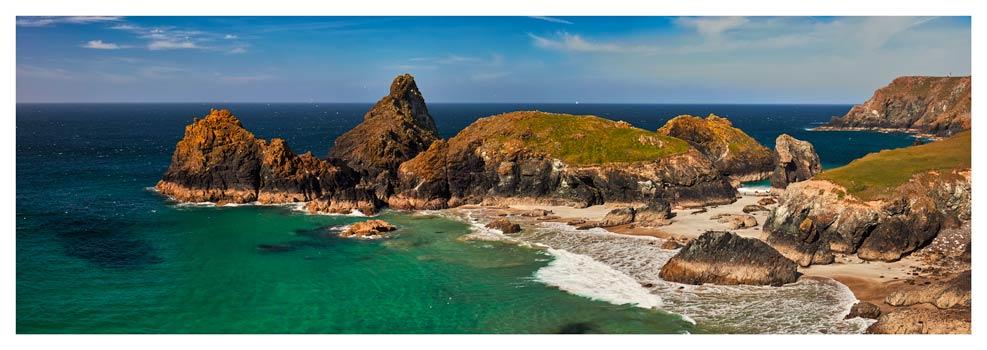 Kynance Cove Rock Stacks - Prints of Cornwall