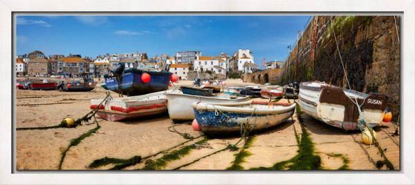 Boats on the sands of St Ives harbour